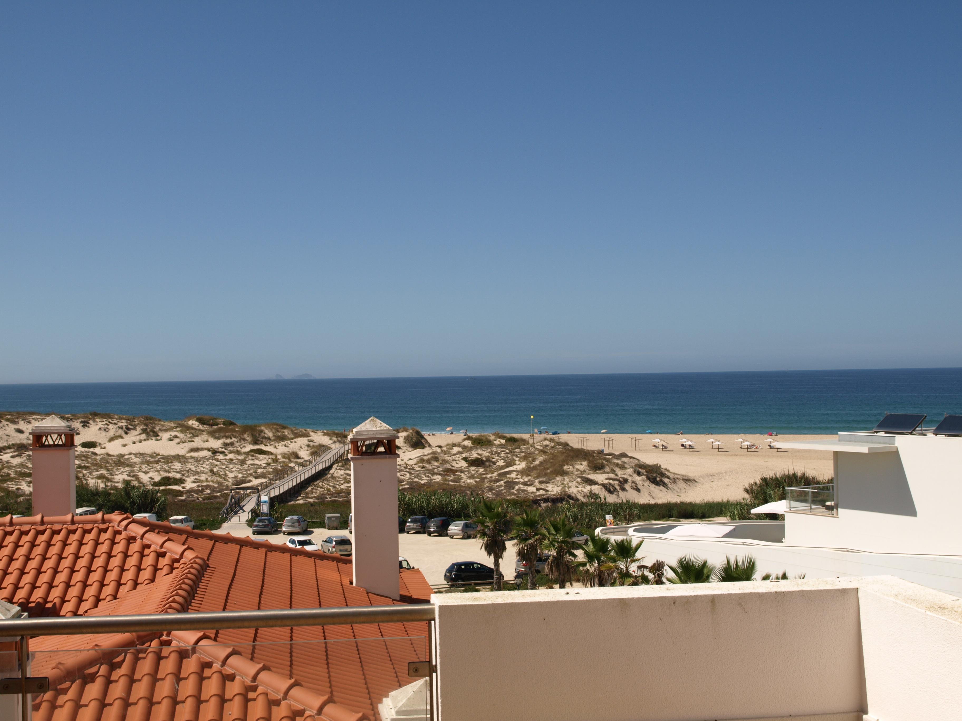 Praia D El Rey Villas For Sale